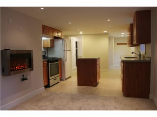 """Photo 13: 424 9TH Street in New Westminster: Uptown NW House for sale in """"UPTOWN"""" : MLS®# V1103402"""