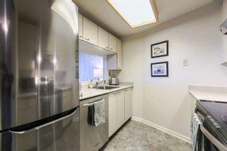 """Photo 6: 702 15111 RUSSELL Avenue: White Rock Condo for sale in """"PACIFIC TERRAC"""" (South Surrey White Rock)  : MLS®# R2057182"""