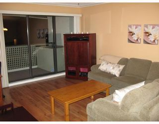 """Photo 8: 301 1210 PACIFIC Street in Coquitlam: North Coquitlam Condo for sale in """"GLENVIEW"""" : MLS®# V685896"""