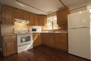 """Photo 8: 20 62780 FLOOD HOPE Road in Hope: Hope Center Manufactured Home for sale in """"LISMORE SENIORS COMMUNITY"""" : MLS®# R2206805"""