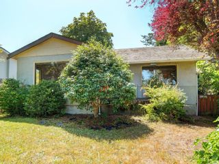 Photo 2: 10328 Resthaven Dr in : Si Sidney North-East House for sale (Sidney)  : MLS®# 882107