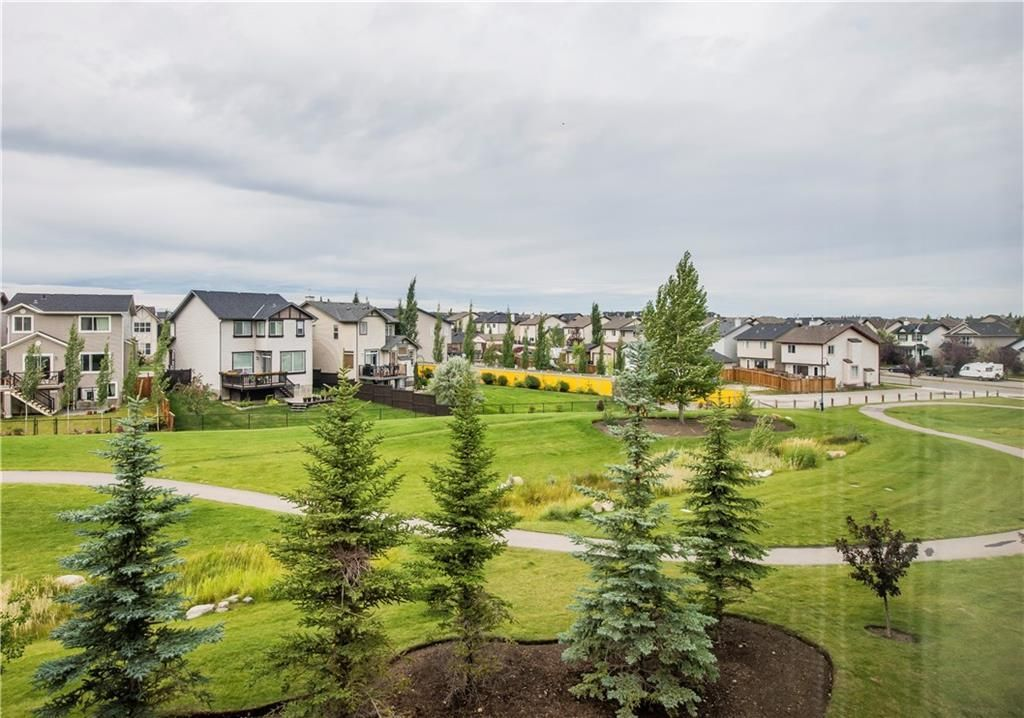 Main Photo: 135 SILVERADO Common SW in Calgary: Silverado Row/Townhouse for sale : MLS®# A1075373