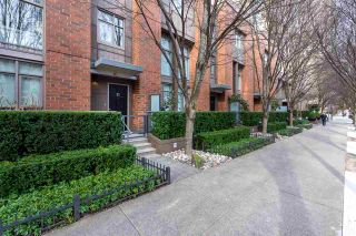 """Photo 25: 1009 HOMER Street in Vancouver: Yaletown Townhouse for sale in """"The Bentley"""" (Vancouver West)  : MLS®# R2542443"""