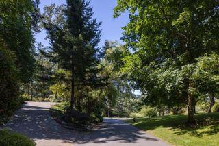 Photo 38: 986 Fir Tree Glen in : SE Broadmead House for sale (Saanich East)  : MLS®# 881671