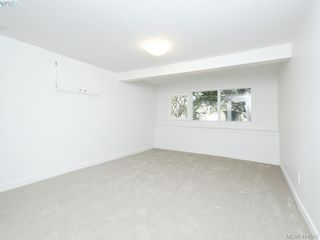 Photo 22: 318 Uganda Ave in VICTORIA: Es Kinsmen Park Half Duplex for sale (Esquimalt)  : MLS®# 822180