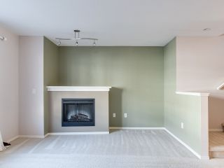 """Photo 5: 8 6747 203 Street in Langley: Willoughby Heights Townhouse for sale in """"SAGEBROOK"""" : MLS®# R2323050"""