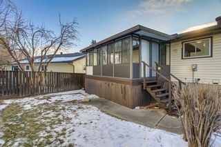 Photo 40: 6135 TOUCHWOOD Drive NW in Calgary: Thorncliffe Detached for sale : MLS®# C4291668
