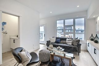 Photo 9: 3205 16 Street SW in Calgary: South Calgary Row/Townhouse for sale : MLS®# A1122787