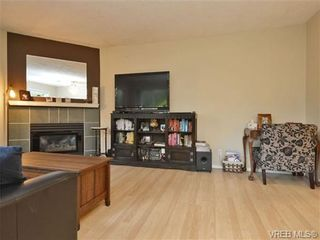 Photo 7: 106 1714 Fort St in VICTORIA: Vi Jubilee Condo for sale (Victoria)  : MLS®# 722480
