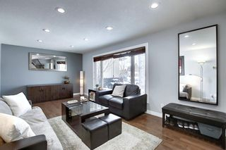 Photo 5: 28 Forest Green SE in Calgary: Forest Heights Detached for sale : MLS®# A1065576