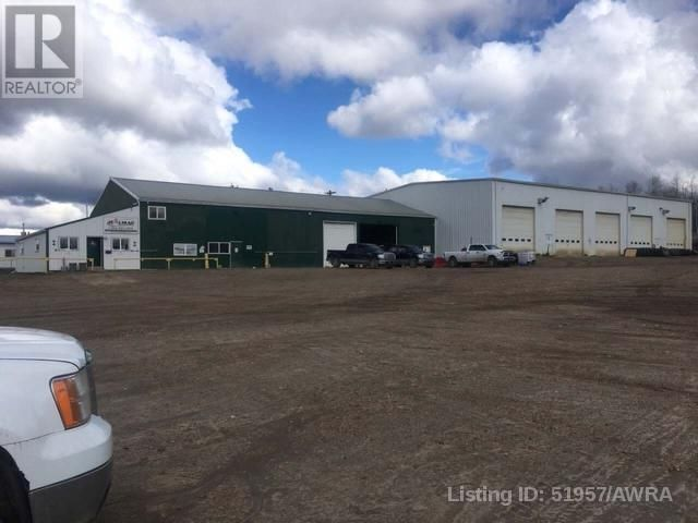Main Photo: 310 2 AVE in Fox Creek: Industrial for sale : MLS®# AWI51957