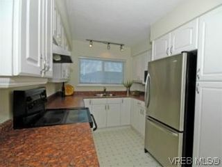 Photo 8: 9 10145 Third St in SIDNEY: Si Sidney North-East Row/Townhouse for sale (Sidney)  : MLS®# 534132