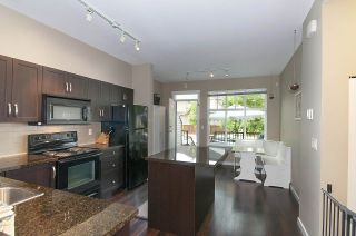 """Photo 8: 4 6956 193 Street in Surrey: Clayton Townhouse for sale in """"The Edge"""" (Cloverdale)  : MLS®# R2194953"""