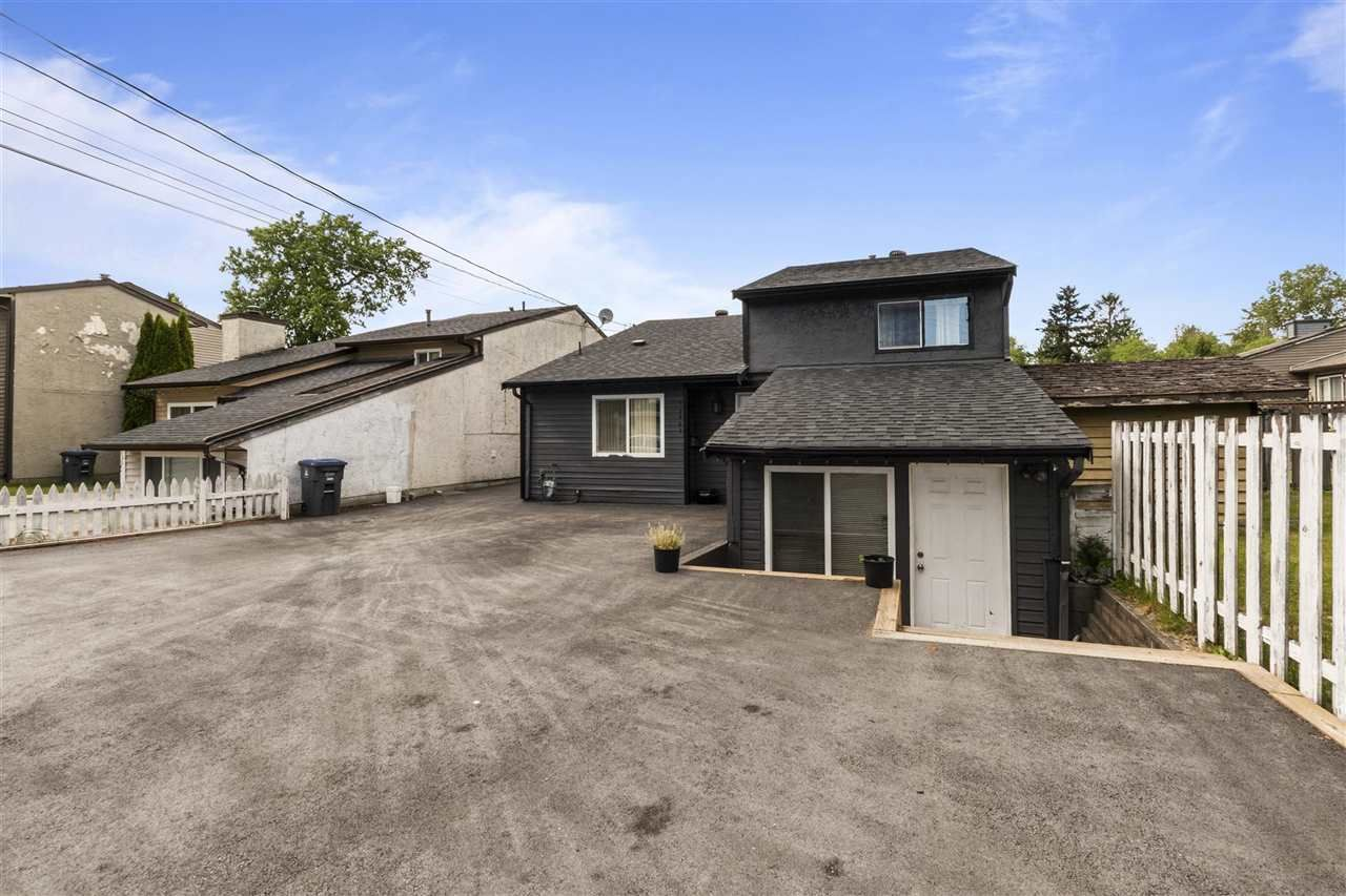Main Photo: 12467 76 Avenue in Surrey: West Newton House for sale : MLS®# R2591578