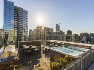"""Photo 35: 2001 1055 RICHARDS Street in Vancouver: Downtown VW Condo for sale in """"Donovan"""" (Vancouver West)  : MLS®# R2555936"""