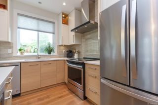 Photo 6: 8031 Huckleberry Crt in : CS Saanichton House for sale (Central Saanich)  : MLS®# 854688