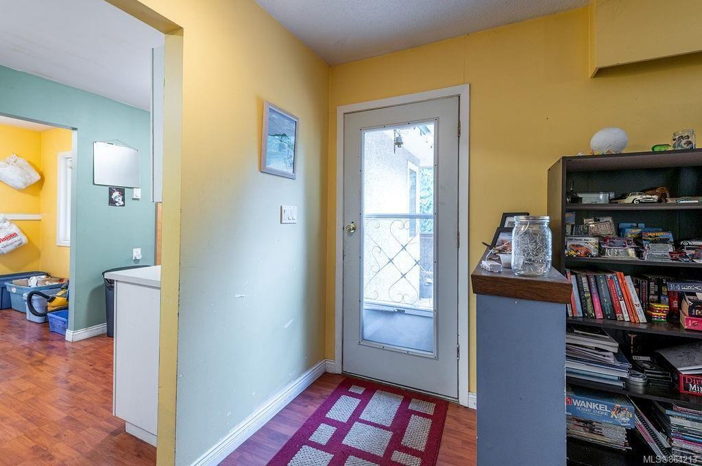 Photo 6: Photos: 2978 Woodridge Pl in : Hi Eastern Highlands House for sale (Highlands)  : MLS®# 864213