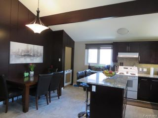 Photo 2: 423 Armstrong Avenue in Winnipeg: Margaret Park Residential for sale (4D)  : MLS®# 1711127