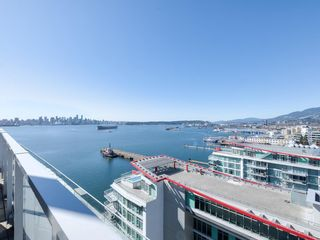 "Photo 14: 708 199 VICTORY SHIP Way in North Vancouver: Lower Lonsdale Condo for sale in ""TROPHY @ THE PIER"" : MLS®# R2445451"