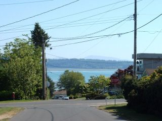 Photo 4: 1127 Knet St in White Rock: Home for sale