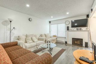 """Photo 2: 2002 10620 150 Street in Surrey: Guildford Townhouse for sale in """"Lincolins"""" (North Surrey)  : MLS®# R2459924"""