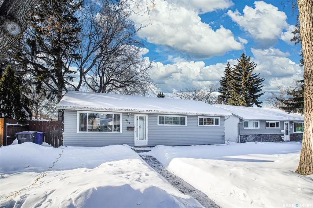 Main Photo: 309 V Avenue North in Saskatoon: Mount Royal SA Residential for sale : MLS®# SK841492