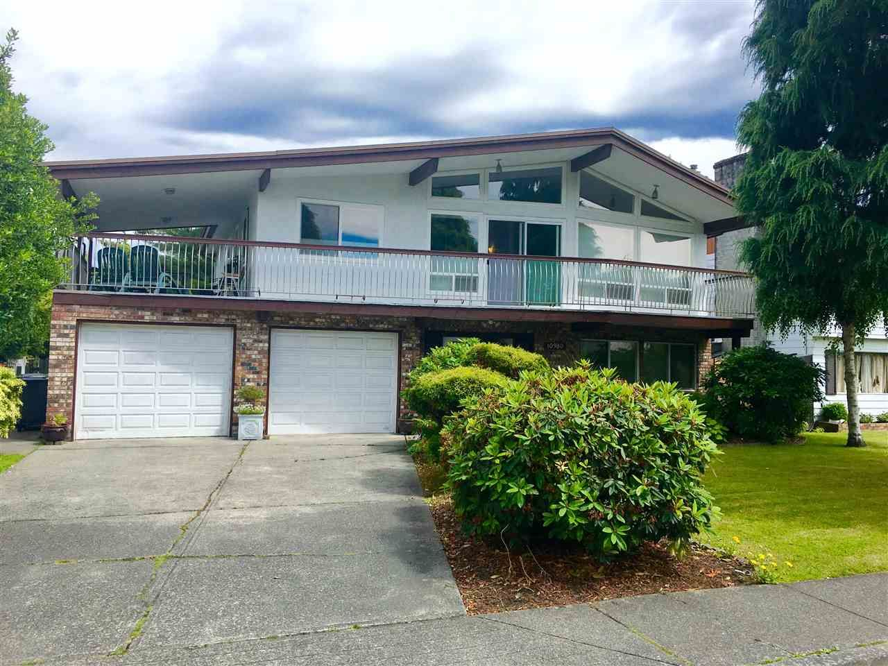 Main Photo: 10380 REYNOLDS Drive in Richmond: Woodwards House for sale : MLS®# R2082978