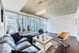 Photo 3: 406 75 Portland Street in Toronto: Waterfront Communities C1 Condo for lease (Toronto C01)  : MLS®# C4066882