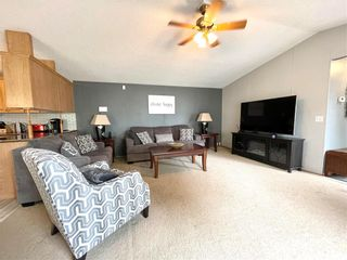 Photo 9: 12 LOUISE Street in Pine Ridge: Pineridge Trailer Park Residential for sale (R02)  : MLS®# 202119473