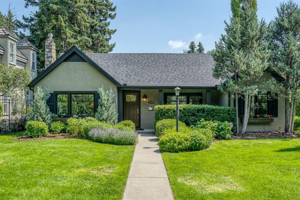 Immaculate Spacious Bungalow