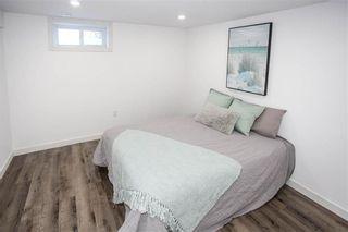 Photo 32: 572 Borebank Street in Winnipeg: River Heights Residential for sale (1D)  : MLS®# 202103236