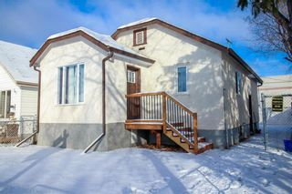 Photo 1: 751 McCalman Avenue in Winnipeg: East Elmwood Residential for sale (3B)  : MLS®# 202000105