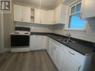Photo 9: 423 3 Street E in Drumheller: House for sale : MLS®# A1117789