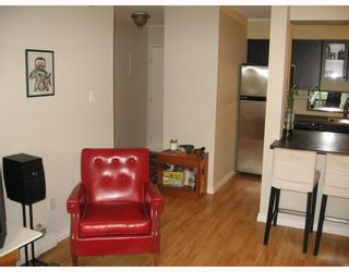 """Photo 8: 409 2142 CAROLINA Street in Vancouver: Mount Pleasant VE Condo for sale in """"WOOD DALE"""" (Vancouver East)  : MLS®# V793315"""