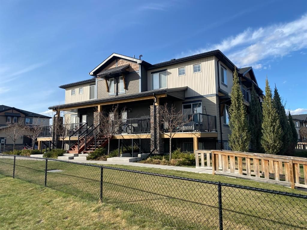 Main Photo: 9103 2781 Chinook Winds Drive SW: Airdrie Row/Townhouse for sale : MLS®# A1102621