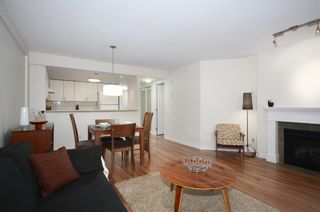Photo 3: 201 2665 W. Broadway in Macguire Building: Kitsilano Home for sale ()  : MLS®# V1027888