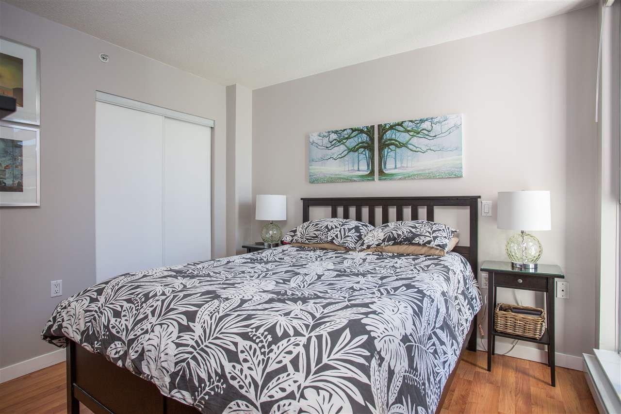 """Photo 9: Photos: 1008 1068 HORNBY Street in Vancouver: Downtown VW Condo for sale in """"The Canadian"""" (Vancouver West)  : MLS®# R2389948"""