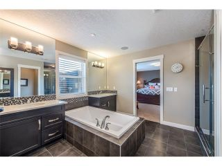 Photo 28: 22 ROCKFORD Road NW in Calgary: Rocky Ridge House for sale : MLS®# C4115282