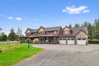 Photo 1: 24760 ROBERTSON Crescent in Langley: Salmon River House for sale : MLS®# R2533724