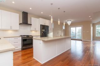 Photo 15: 316 Selica Rd in VICTORIA: La Atkins House for sale (Langford)  : MLS®# 803780