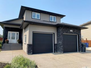 Photo 2: 425 Quessy Drive in Martensville: Residential for sale : MLS®# SK864596