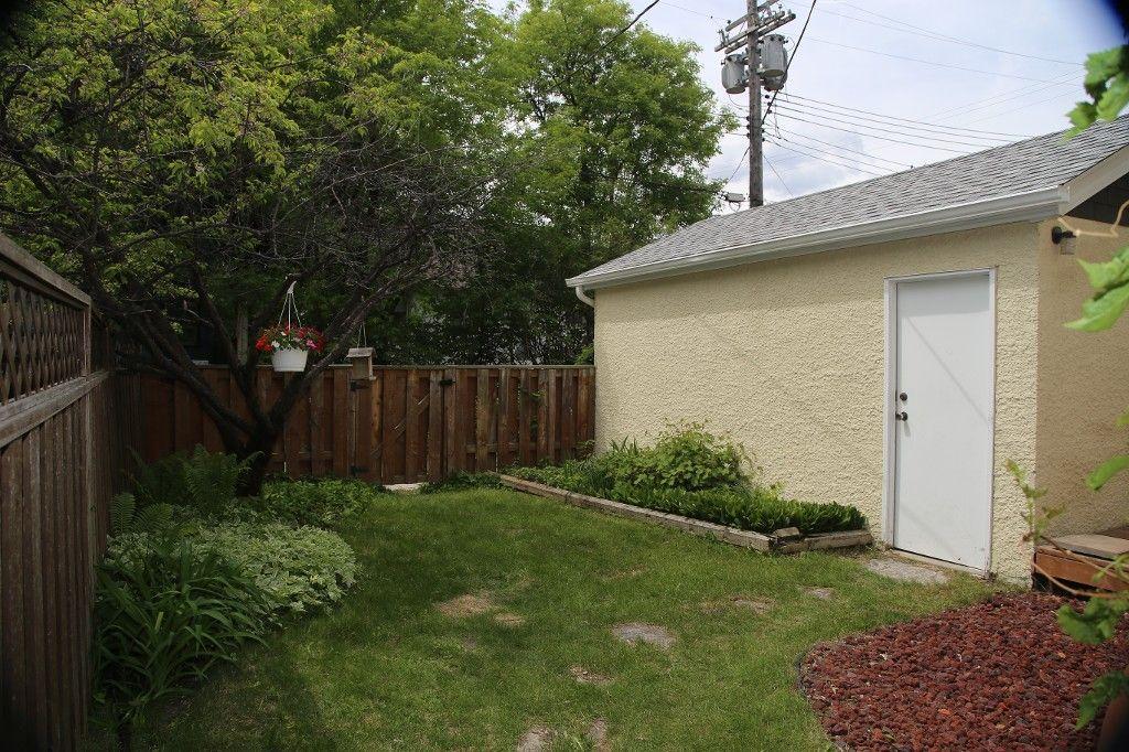 Photo 31: Photos: 228 Lenore Street in Winnipeg: Wolseley Single Family Detached for sale (West Winnipeg)  : MLS®# 1413025