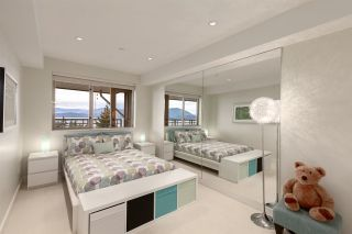 """Photo 34: 8609 SEASCAPE Place in West Vancouver: Howe Sound 1/2 Duplex for sale in """"Seascapes"""" : MLS®# R2528203"""