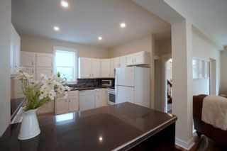 Photo 3: 121 5th ST SE in Portage la Prairie: House for sale : MLS®# 202121621