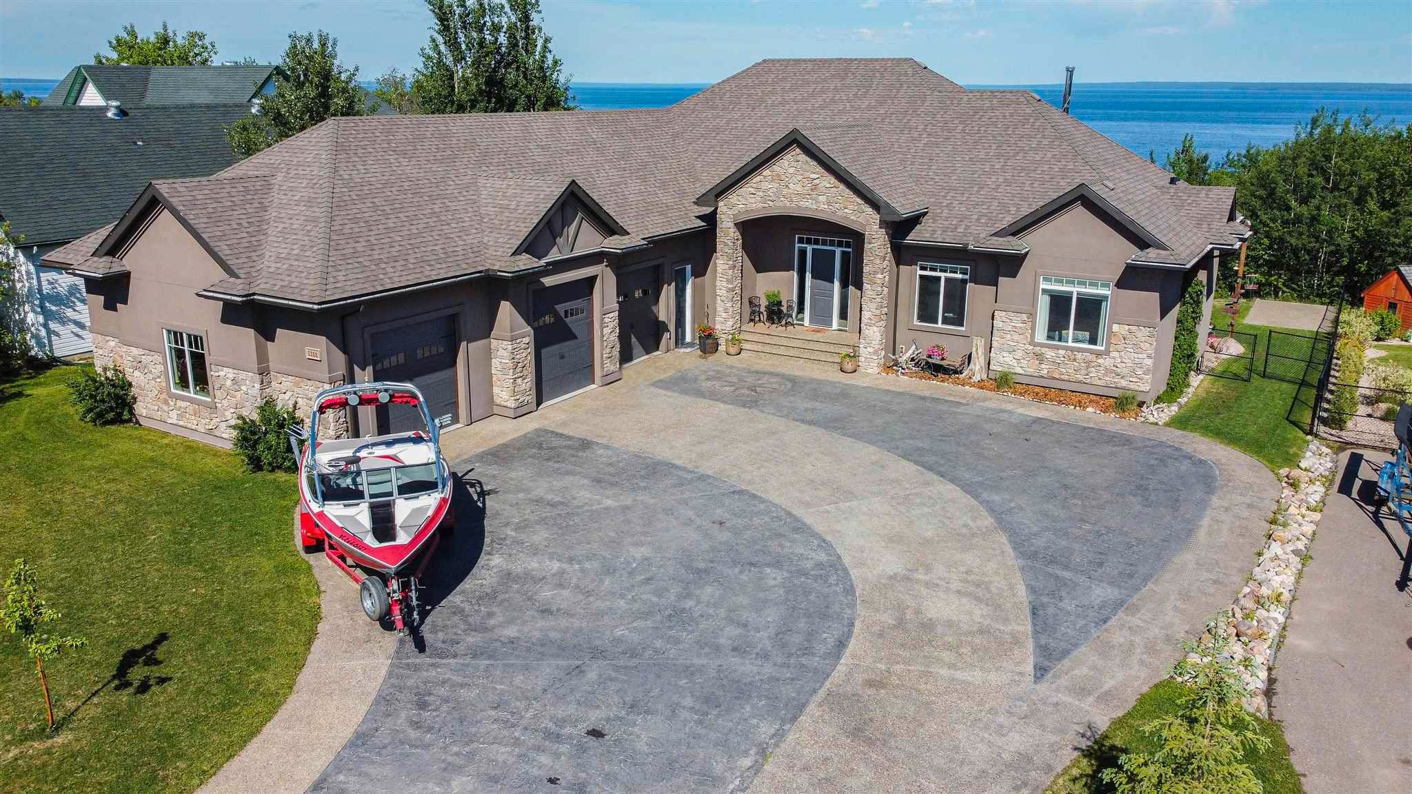 Main Photo: 1318 Horseshoe Bay Estates: Cold Lake House for sale : MLS®# E4239346