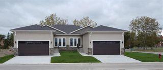 Photo 1: 113 804 Manitoba Avenue in Selkirk: R14 Condominium for sale : MLS®# 202114831