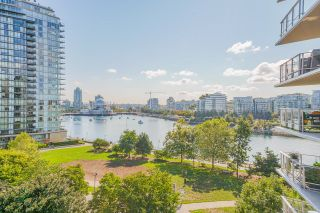 """Photo 6: 805 980 COOPERAGE Way in Vancouver: Yaletown Condo for sale in """"COOPERS POINTE by Concord Pacific"""" (Vancouver West)  : MLS®# R2614161"""