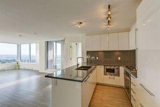 "Photo 3: 3002 6658 DOW Avenue in Burnaby: Metrotown Condo for sale in ""Moda by Polygon"" (Burnaby South)  : MLS®# R2418659"