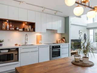 """Photo 13: 274 E 2ND Avenue in Vancouver: Mount Pleasant VE Townhouse for sale in """"JACOBSEN"""" (Vancouver East)  : MLS®# R2572730"""