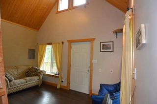 """Photo 12: 18865 GRANTHAM Road in Smithers: Smithers - Rural House for sale in """"Grantham"""" (Smithers And Area (Zone 54))  : MLS®# R2389601"""
